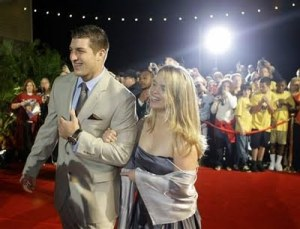 Tebow escorted Kelly Faughnan to a college football awards banquet Dec. 10, 2009 (Getty Images)